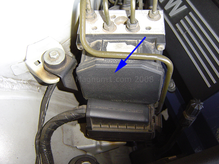 DSC-ABS-Module_10-2008_3  Bmw I Wiring Diagram Dsc Abs Module on